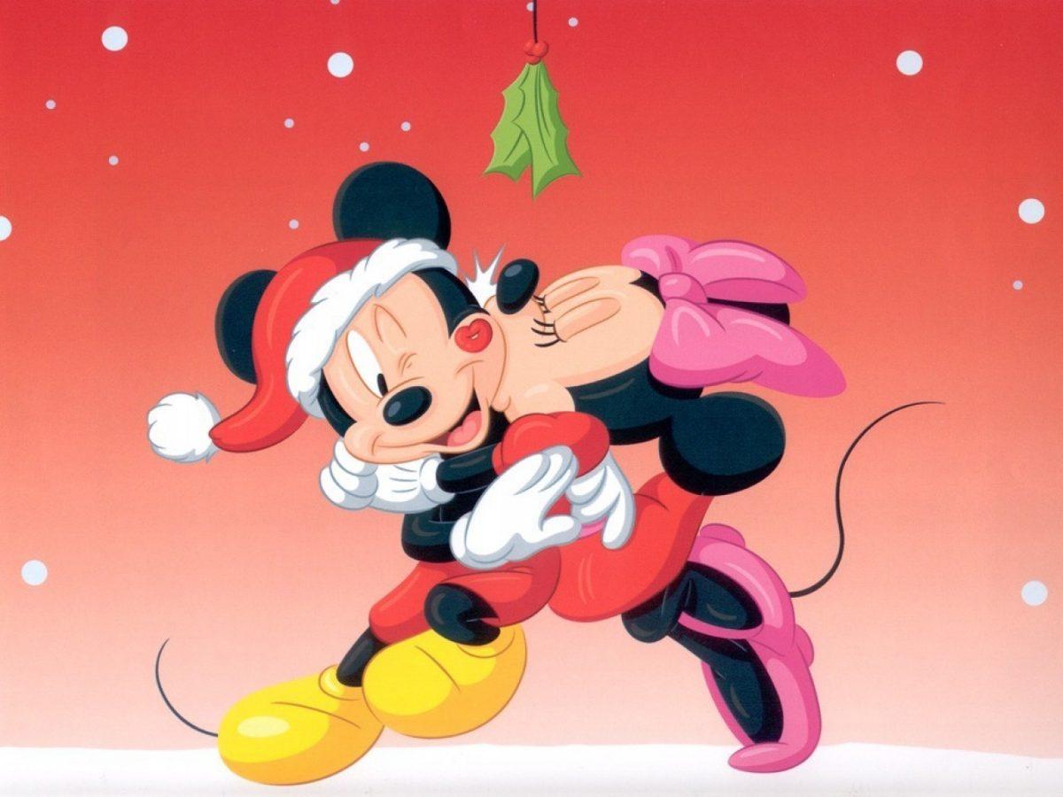 Imágen de amor de Minnie y Mickey besandose abrazados en navidad